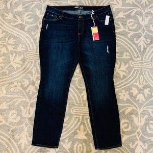 Old Navy dark wash Flirt jeans size 14
